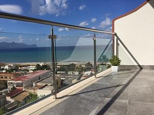Ringhiera balcone for Idee per coprire ringhiera balcone